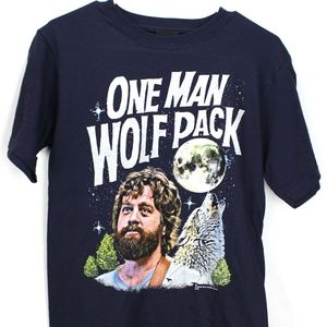 New The Hangover One Man Wolf Pack Men's tee